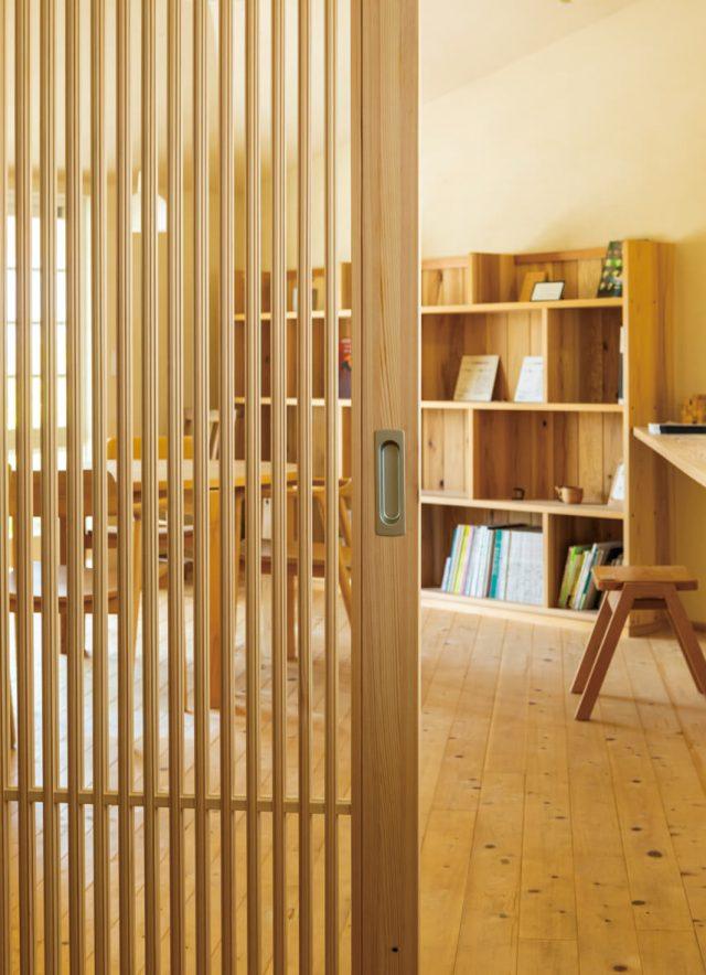 ユダ木工から、国産ヒノキを使用した室内引戸シリーズを発売