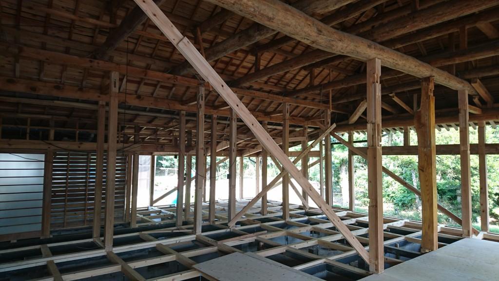 茨城県小美玉市にて平屋を二世帯住宅へ大規模リフォーム工事進行中です!
