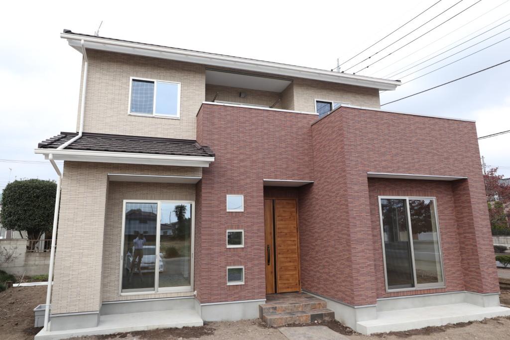 茨城県古河市の総タイルの注文住宅、完成しました!