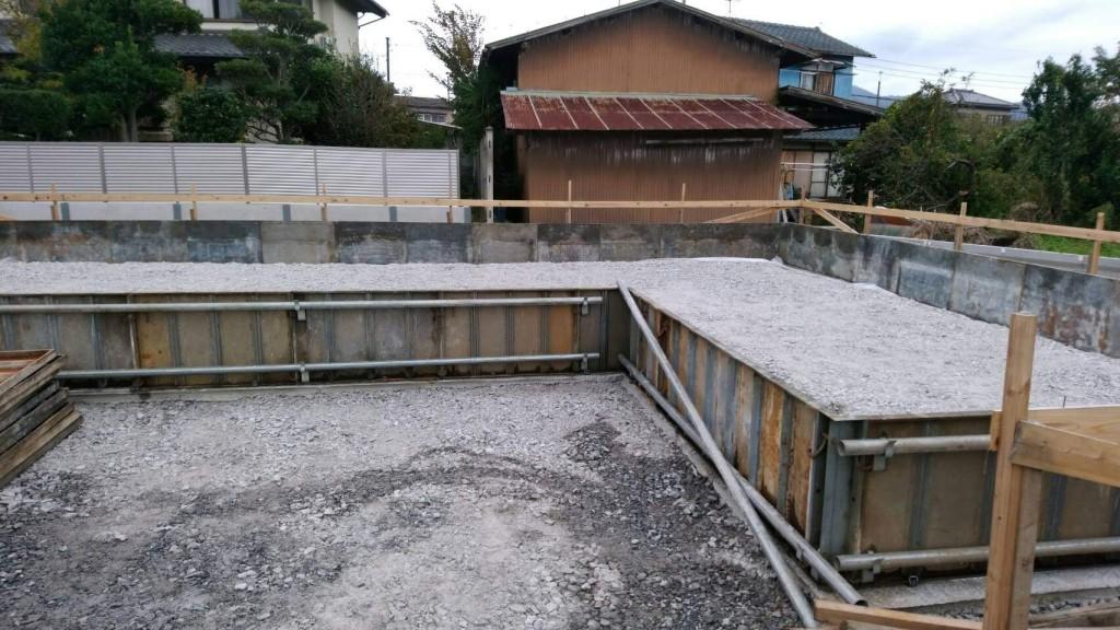 茨城県つくば市の「カントリーハウス風」の注文住宅、基礎工事進行中!