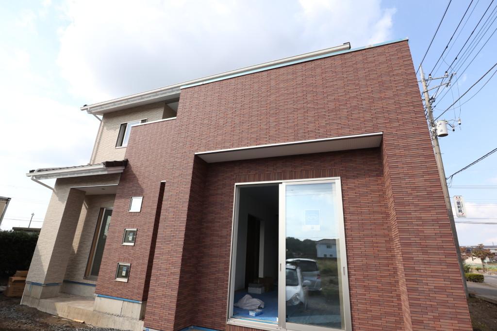 茨城県古河市の「総タイル張り」の注文住宅、間もなく完成予定!