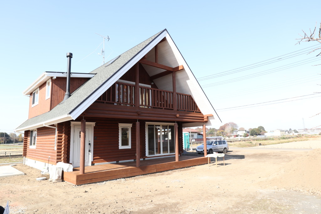 栃木県注文住宅、木の家「ログハウス」完成しました!