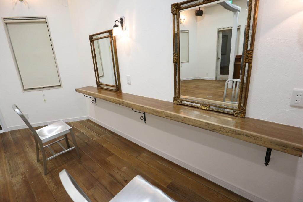 茨城県筑西市内の「美容室リフォーム工事」