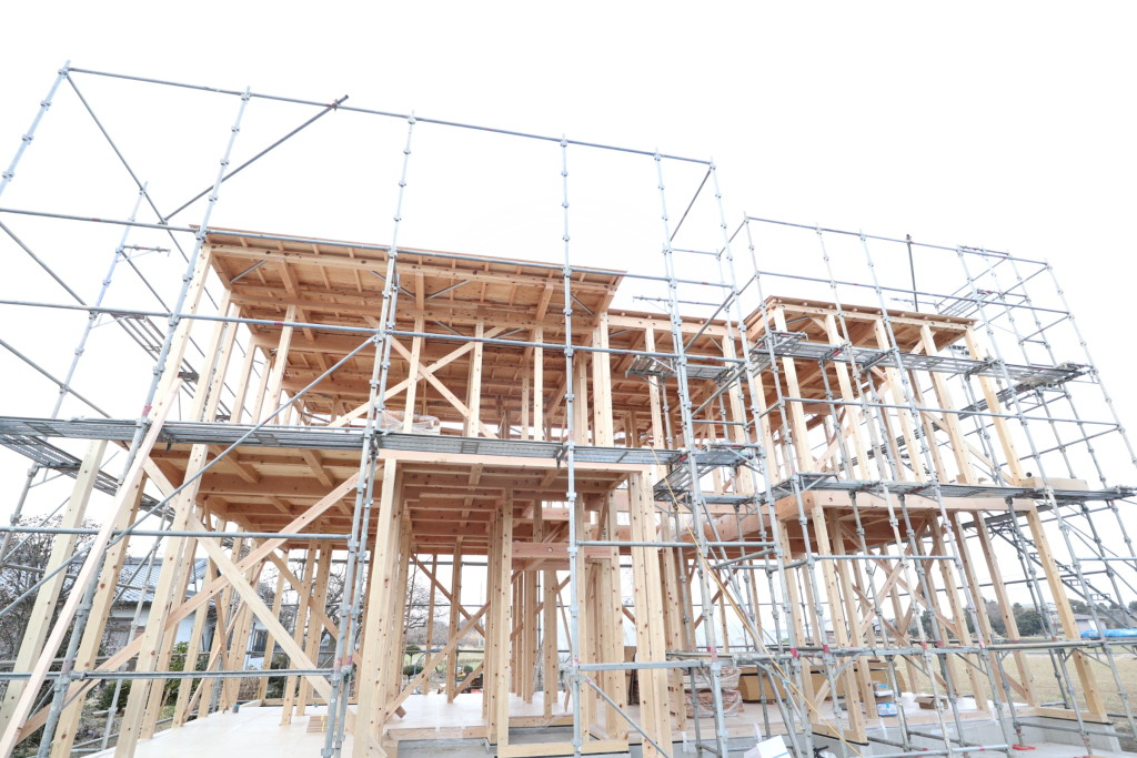 茨城県筑西市にて「総タイル貼りの注文住宅」上棟しました!