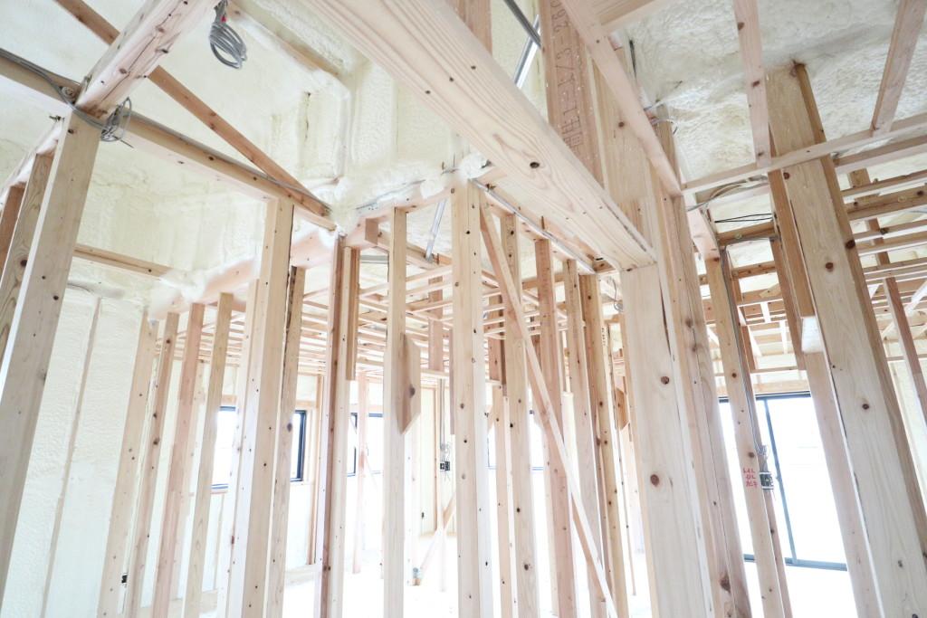 茨城県古河市注文住宅「スタイリッシュな平屋」断熱吹付工事完了しました!