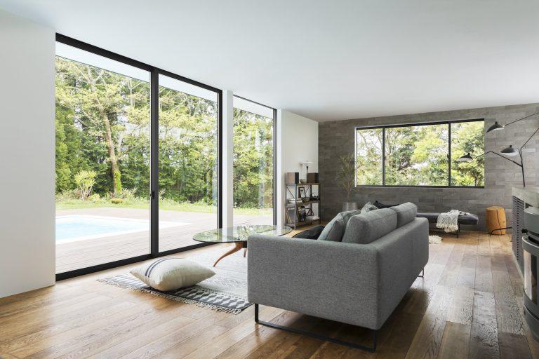 LIXILは、アルミ樹脂複合窓4シリーズをモデルチェンジへ