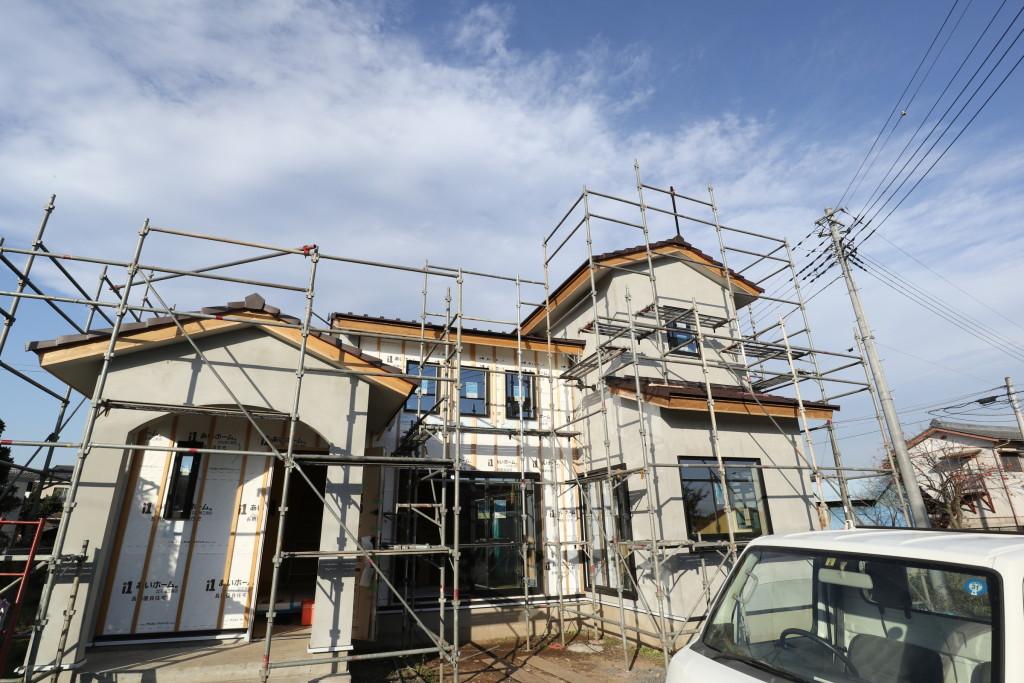 茨城県筑西市「吹き抜けのある注文住宅」外壁仕上げが始まります!