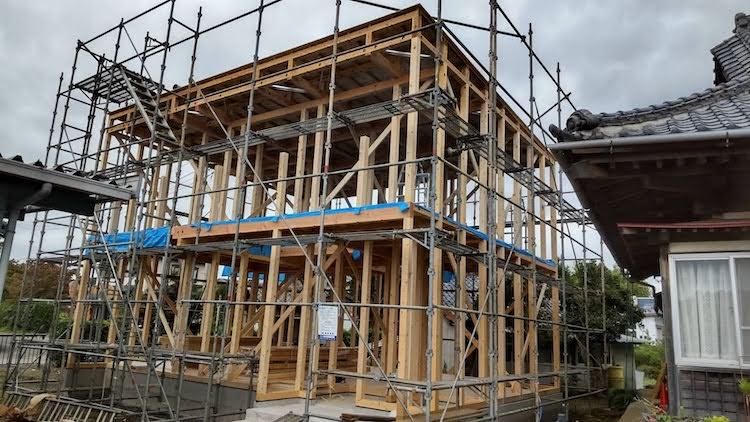 茨城県桜川市注文住宅「黒いガルバリウムの家」が上棟しました!